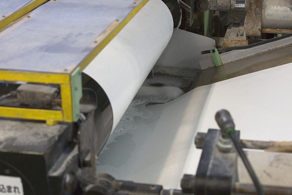 熱処理キュアー炉(非接触熱風処理)、ペーパー含浸加工(機能添加)4