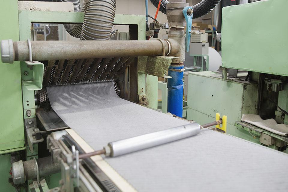 Consecutive corrugate processing, Corrugating1